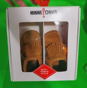 Minnetonka Infant Booties Size 2 & 3 New